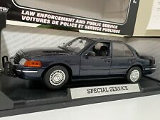 Ford Crown Victoria Police Interceptor MotorMax 1:18 Special Service Navy Blue