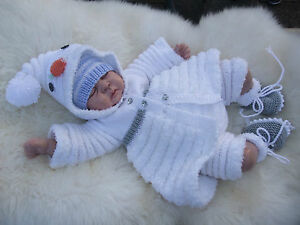 PAPER KNITTING PATTERN TO MAKE *ROLY POLY CHRISTMAS* SETS FOR BABY/REBORN DOLL