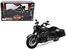 2017 HARLEY DAVIDSON ROAD KING SPECIAL BLACK 1/12 MOTORCYCLE BY MAISTO 32336