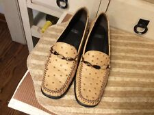 Stuart Weitzman Women's Ostrich Loafers Shoes  Heels slip on shoes Size 7.5AA