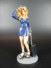 Funny Job - Stewardess In blauer uniform mit Koffer