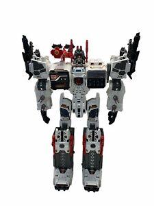 Upgraded Transformers Generations Metroplex Thrilling 30 Titan Class Excellent!