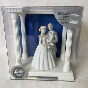 New Wilton Porcelain Bride Groom Wedding Cake Topper With Keepsake Table Display