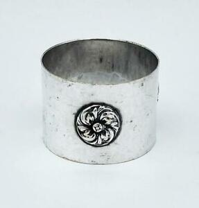 ARTS & CRAFTS SILVER PLATED NAPKING RING c1910