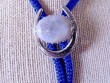 GRAY AGATE HORSESHOE BOLO TIE Silvertone Bezel Blue Gray Sterling Silver Tips