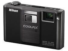 Nikon COOLPIX S1000pj 12.1MP HD Compack Digital Projector Camera - Black
