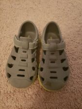 Striderite Rubber Shoes Size 9
