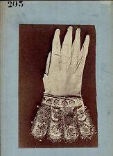 Photo 203 - Relever le gant - Tirage albuminé d'époque 1880 -