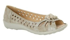 Boulevard L705 Ladies Flower Punched Open Toe Comfort Casual Shoes