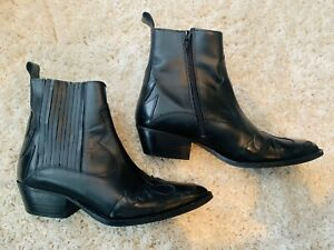 Office Western Boots 6 Black Leather  Will Fit Size 5 or narrow Feet!