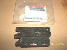 YAMAHA XS400 NEW OEM RIGHT SIDE COVER EMBLEM DECAL XS 400 78-79  2L0-21782-00-00