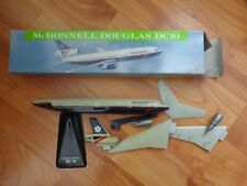 1:250 BRITISH AIRWAYS MCDONNELL DOUGLAS DC10 PLASTIC DESKTOP MODEL PLANE
