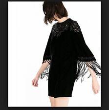 Zara Black Velvet Shift Dress con frange e emroidery Taglia Small RRP £ 89.99