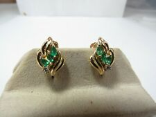 VINTAGE 14K SOLID GOLD NATURAL EMERALD & DIAMOND SCREW BACK EARRINGS