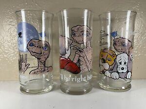 3 Vintage 1982 ET Collectors Glasses Pizza Hut  Collectors Series