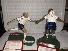 "Raro David Beckham y Jermain Defoe 6"" FT Champs Figuras. 05-06 Kit De Inglaterra"