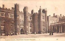 B89253 clock court hampton court palace   uk