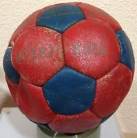 DERBY BALL BRASILEÑO OLD SOCCER BALL -BALON UD LEVANTE O BARÇA FC BARCELONA BALL