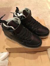 Unisex Light Up Black lace up Unisex/Boys/Girls Shoes/Gym/Athletic/Sz 4/5 Eur 35