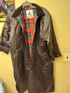 MISTY HARBOR Vintage Long RAINCOAT Trench Coat Mens Size L Black plaid lining