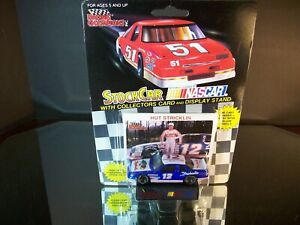 Hut Stricklin #12 Raybestos Brakes 1992 Petty Back Buick Regal No Straps 1:64