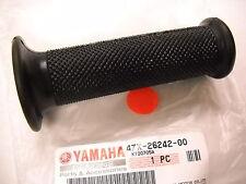 YAMAHA RIGHT HAND GRIP FZR1000 FZR750 RZ500 TR2 TR3 TD3 TZ250 TZ350 TZ750 TZR250