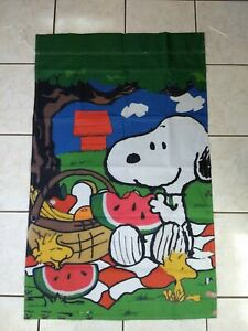 Peanuts Snoopy Woodstock Picnic 28x40 in. House Flag Summer/Spring Double Sided