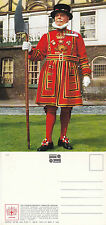 1980's THE YEOMAN WARDER AT THE TOWER OF LONDON LONDON UNUSED COLOUR POSTCARD
