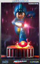 """Running Megaman 13"""" inch Statue Exclusive Version First 4 Figures"""