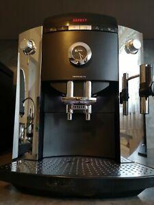 Jura Impressa F5  F50 Kaffeevollautomat mit Profi-Autocappuccinatore in Chrom