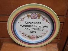 Piatto ceramica CAMPIONATI MONDIALI CICLISMO 1985  dipinto a mano  24 cm
