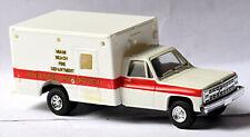 Chevrolet Suburban 4x4 Miami Beach Advanced Life Support Ambulance 1:87 Trident