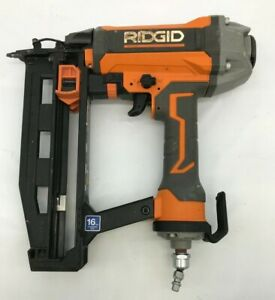 RIDGID R250SFE CLEAN DRIVE 2-1/2 Inch 16 GA Straight Finish Nailer, GR M