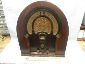 "<>1932 PHILCO 71 ""BABY GRAND"" Cathedral 7 Tube Radio Original Finish-Serviced-<>"