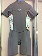 Roxy spring suit. Size 8. 2mm. Nwt