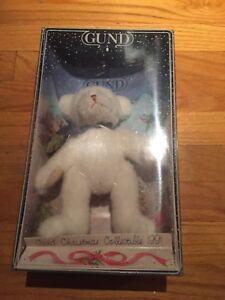 GUN BEAR VINTAGE CHRISTMAS COLLECIBLE 1991 BRAND NEW