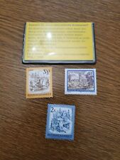 republik osterreich set of three mint stamps in sleeve