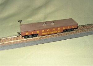 HO Scale Baumgarten's RIBBONRAIL Abrasive Track Cleaning Car HO-1 W/Extra Pads