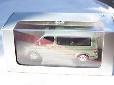VW t5 Multivan 2003 verde 1:43 Minichamps nuevo /& OVP 400052201