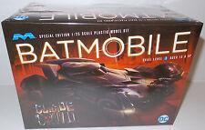 Batman: Suicide Squad: échelle 1/25 Batmobile Model Kit par MOEBIUS en 2016