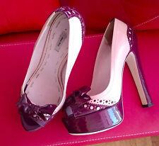 Miu Miu Pumps 37,5 37 1/2 Peeptoe Plateau beige highheels luxus designer sandale