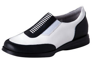 Sandbaggers Golf Shoes: Alison Black