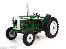 Oliver 600 Diesel Tractor (1963) 1:16 Die-Cast Universal Hobbies UH4008