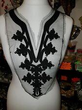Negro Encaje Parche Bordado árabe marroquí yugo en el pecho con apliques Motif Collar
