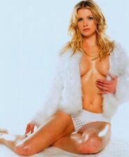 KRISTY SWANSON - IN PANTIES AND A FUR JACKET !!  SEXY !!!  CLEAVAGE !!