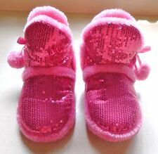 Little Girls Slip-on Slippers by Sweet size 9 / 10 in Very Good Used Condition