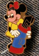 Minnie Mouse Pin~Golf~Walt Disney Productions~older 80's vintage
