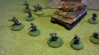 20mm Metal Waffen SS Squad of 12 figures & 1 x Tiger tank