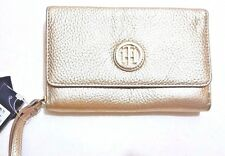 Tommy Hilfiger Lucky Charm Pebble Leather iPhone Wristlet,gold