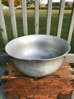 Antique Vtg Regal Aluminum Shabby Farmhouse Metal Wash Basin Pan Bowl Dish Pot